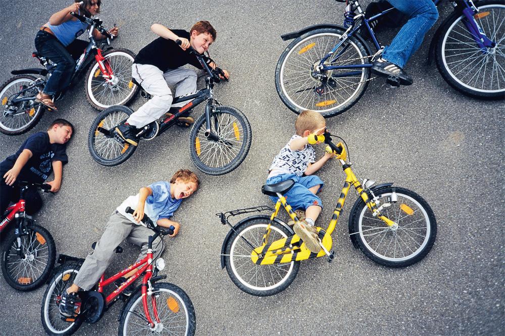 Идеи для фото детей с велосипеда